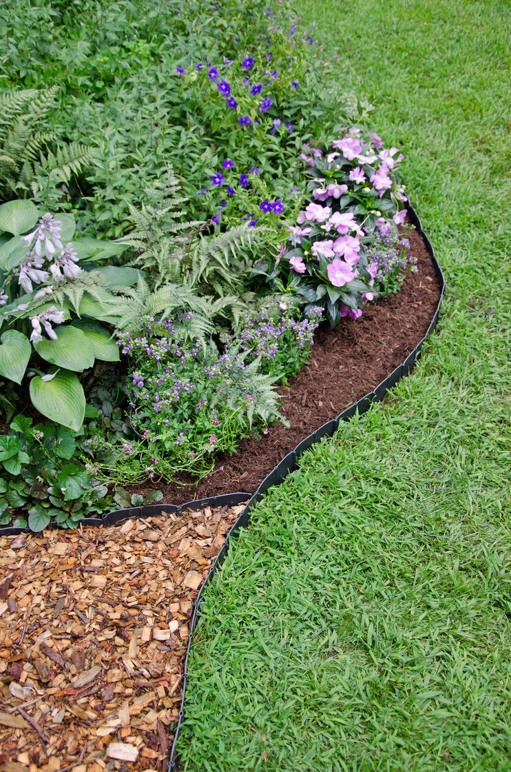 Pound in landscape edging plastic lawn edging for Landscape edging