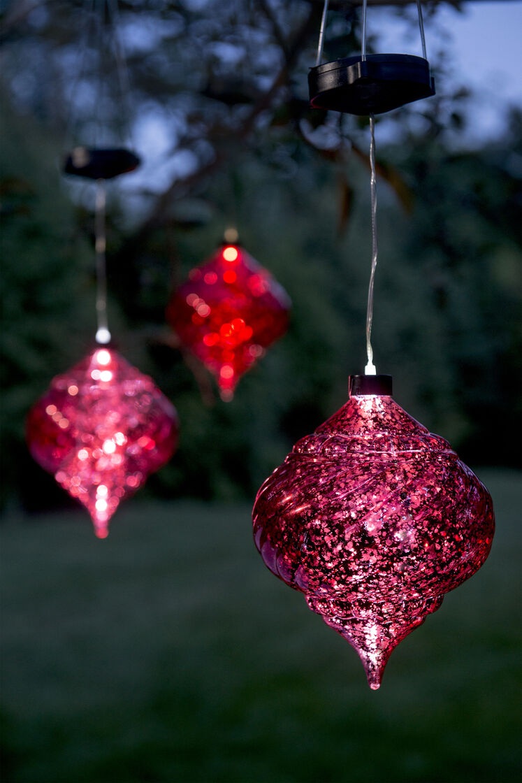 Large outdoor christmas ornaments hanging onion solar for Outdoor lighted ornaments