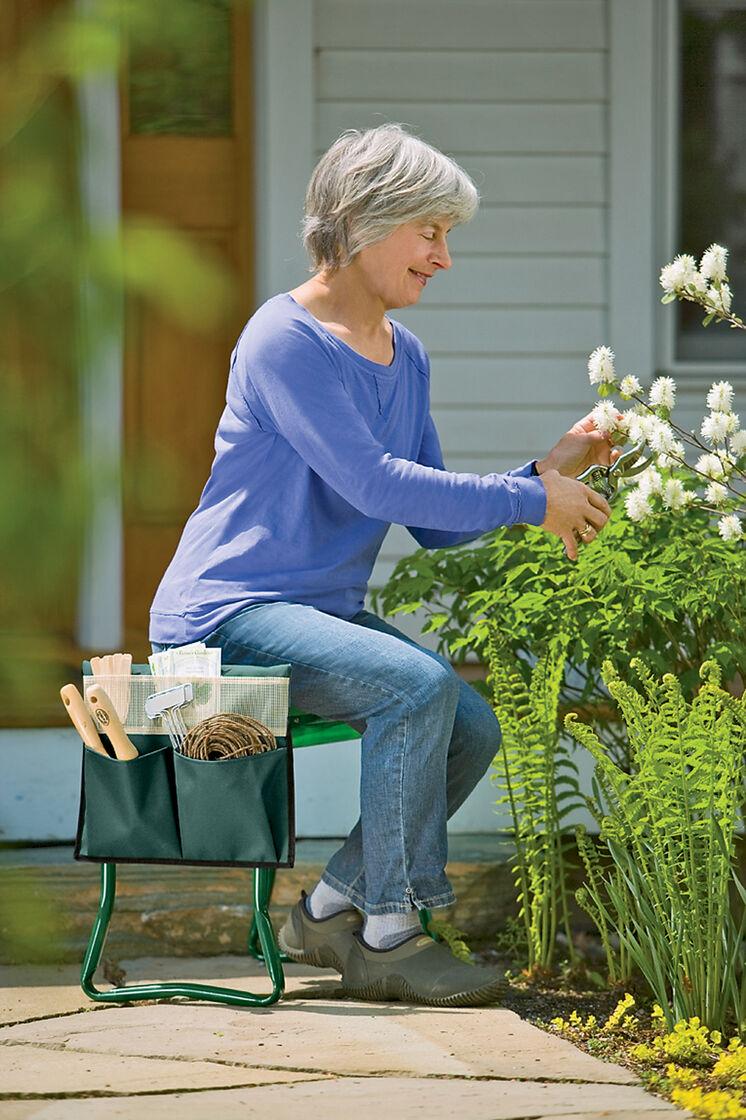 Deep Seat Garden Kneeler   Gardening Seat   Gardeners.com