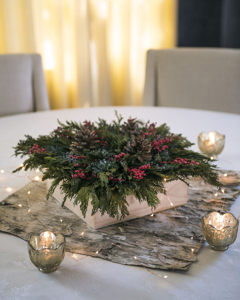 Preserved Cedar Square Centerpiece Christmas Table