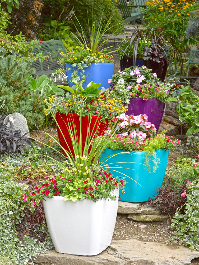 how to make a planter self watering