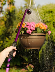 Easy-Squeeze Watering Wand