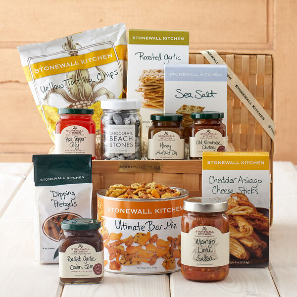 Stonewall Kitchen Ultimate Snack Gift Basket