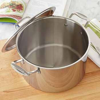 Stock Pot with Lid - 8 Qt