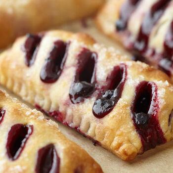 Wild Maine Blueberry Petite Pies
