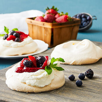 Mini Berry Pavlova's