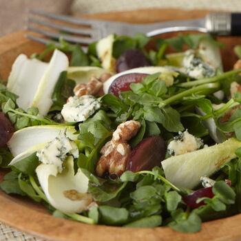 Stilton and Walnut Salad