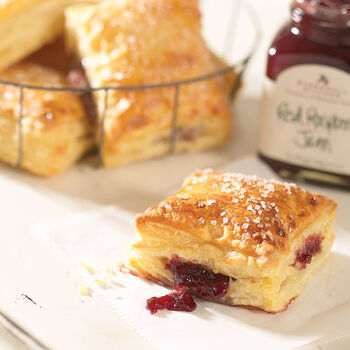 Raspberry Flaky Puff