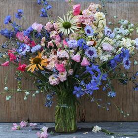 Spring Mason Jar Bouquet